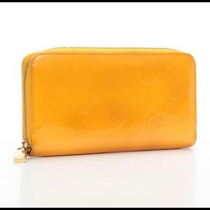 Louis Vuitton Zippy Wallet.